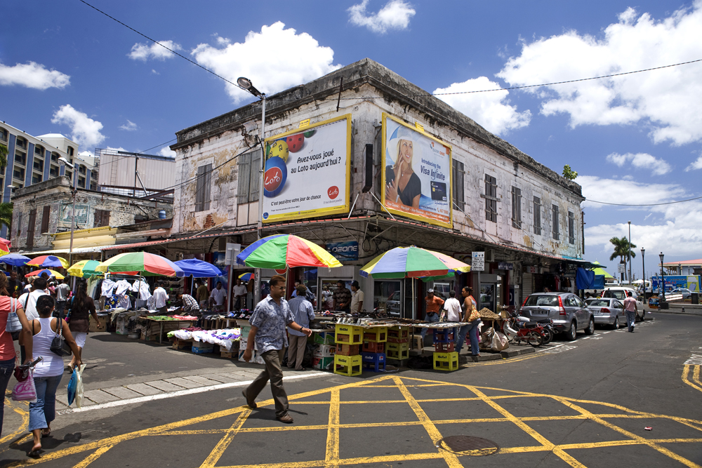 Discover the city of Port Louis in Mauritius with the real estate agency Villa Vie