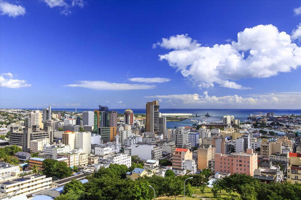 Know the promising sectors for investing in Mauritius