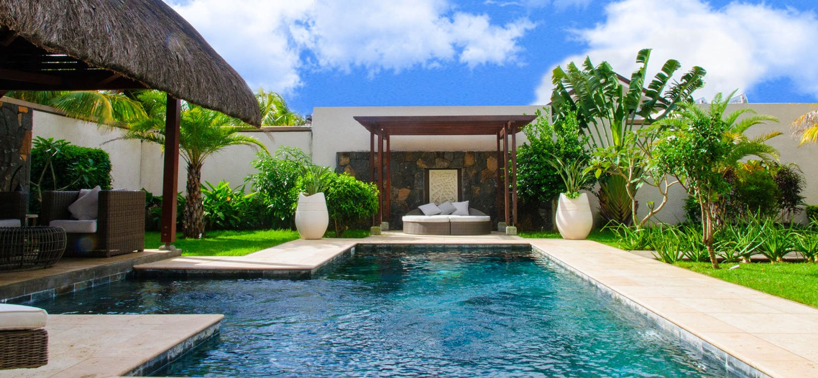 RES Villa accessible to foreigners - Grand Bay