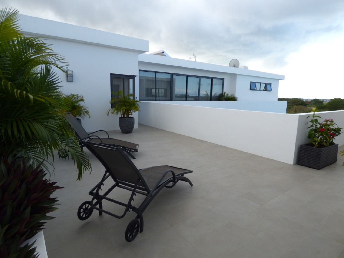 RES Villa accessible to foreigners - The Vale