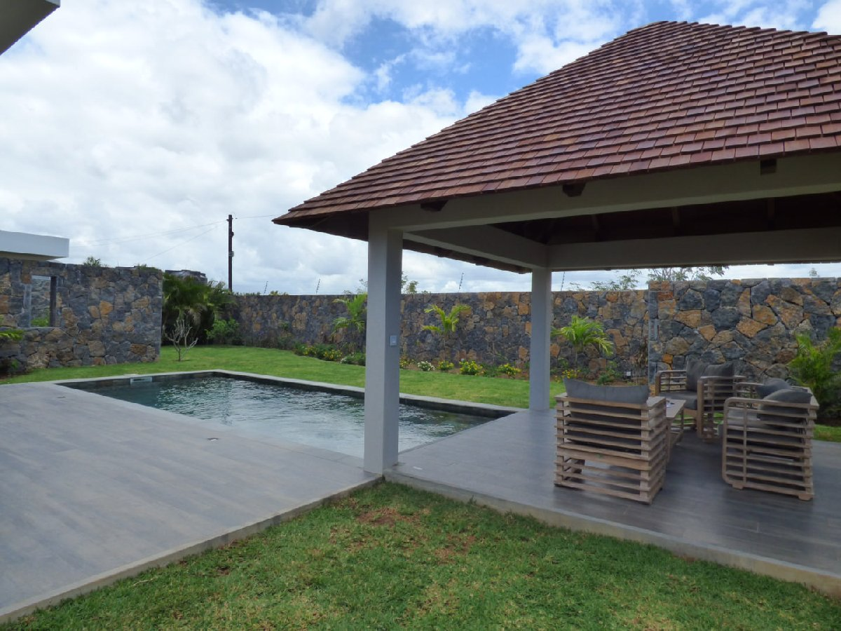 RES Villa accessible to foreigners - Grand Baie
