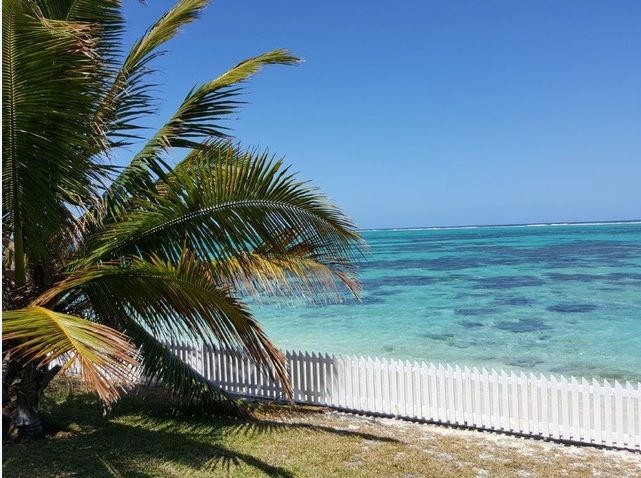Residential land - Pointe d'Esny