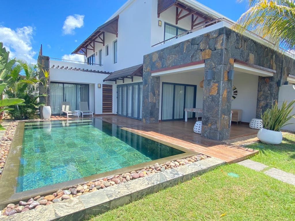 RES Villa accessible to foreigners - Mont Choisy