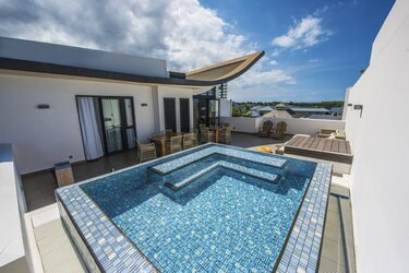 Holiday rental Contemporary apartment / villa - Roches Noires