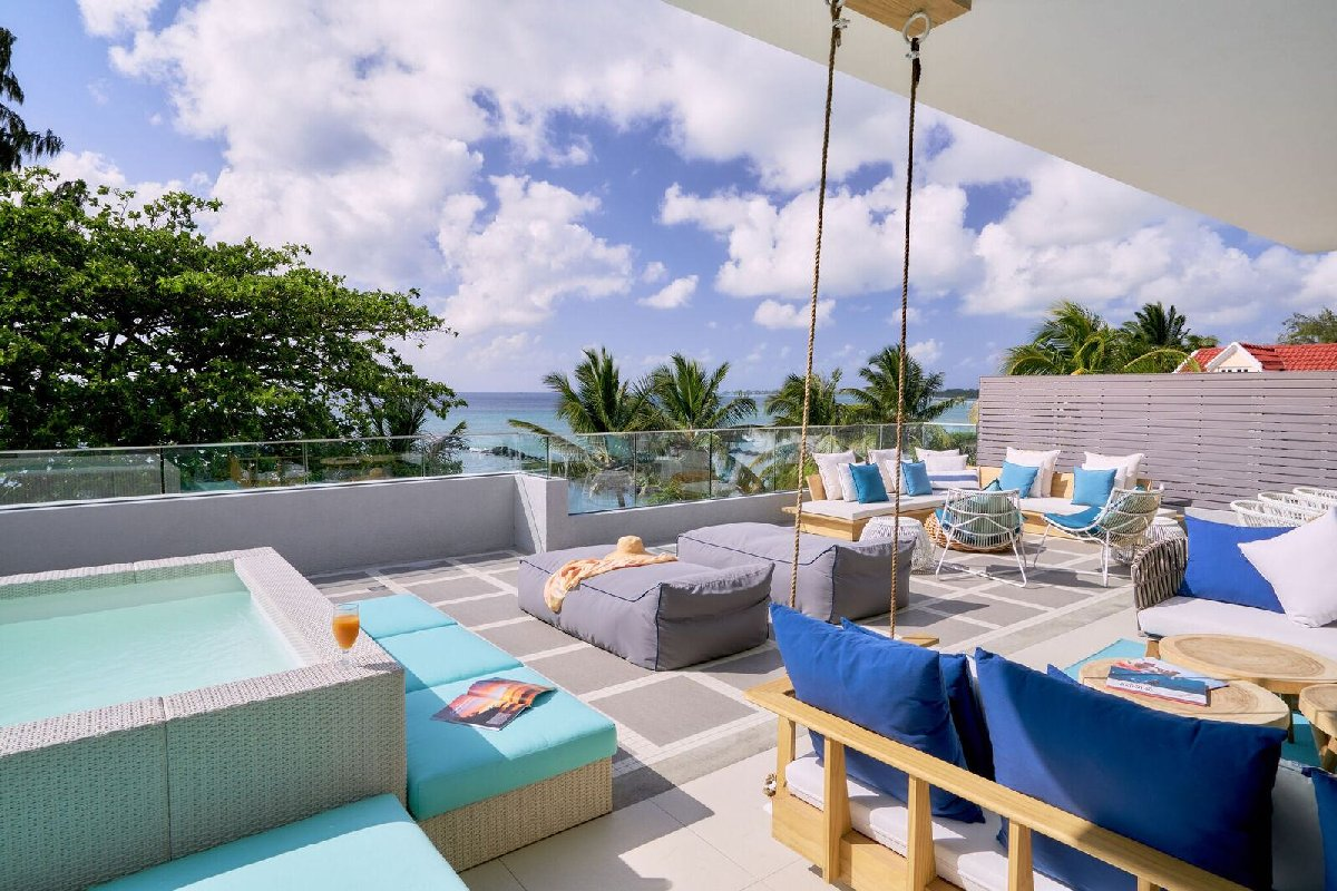 Beachfront Penthouses and Apartments - Trou aux Biches